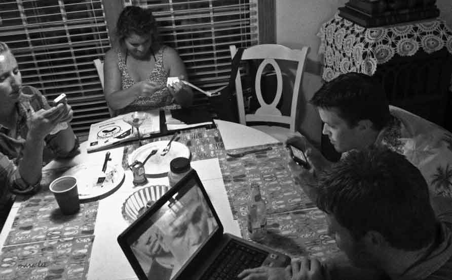 game night © mara lee