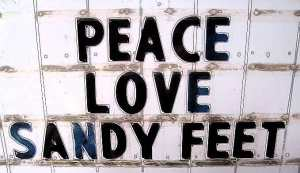peace-love-sandy-feet1