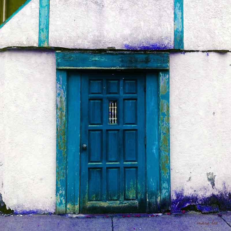 blue-door-square