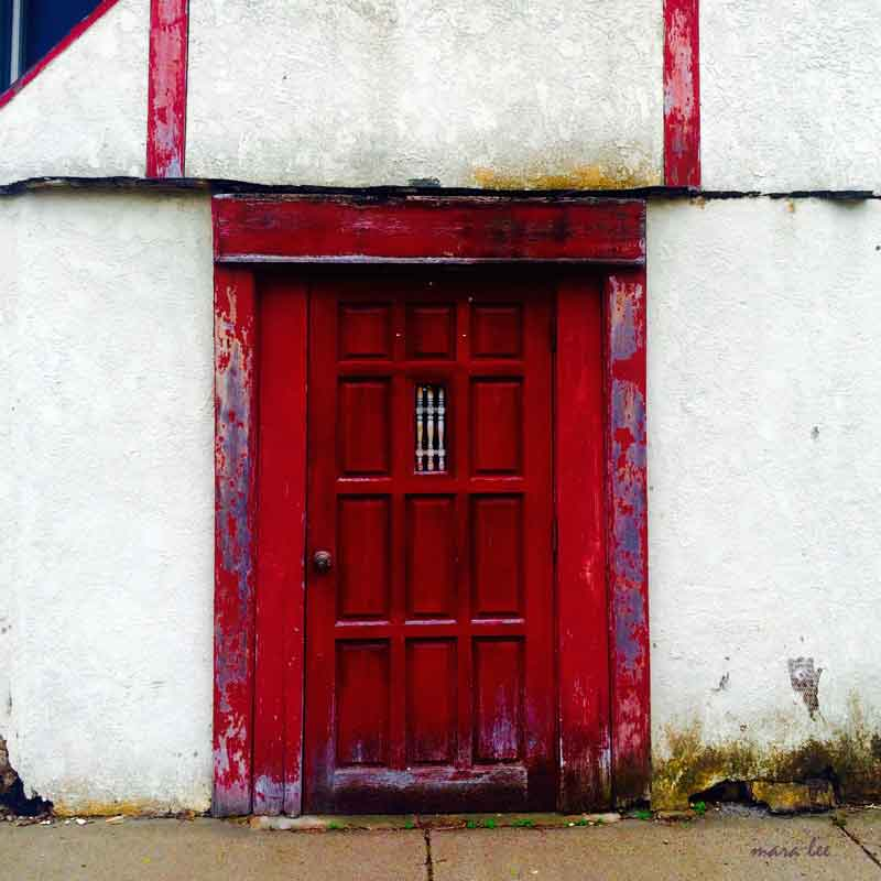 red-door-sq-