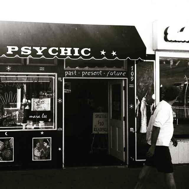 doesn't take a psychic © mara lee